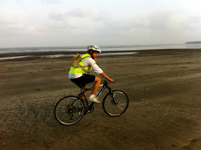 Cycling at Kelve Beach - Kelve Fort