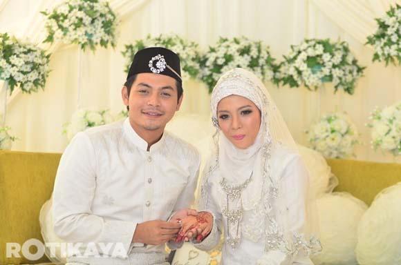 8923135122 22cafac1f0 o Gambar Perkahwinan Izzue Islam dan Awin Nurin