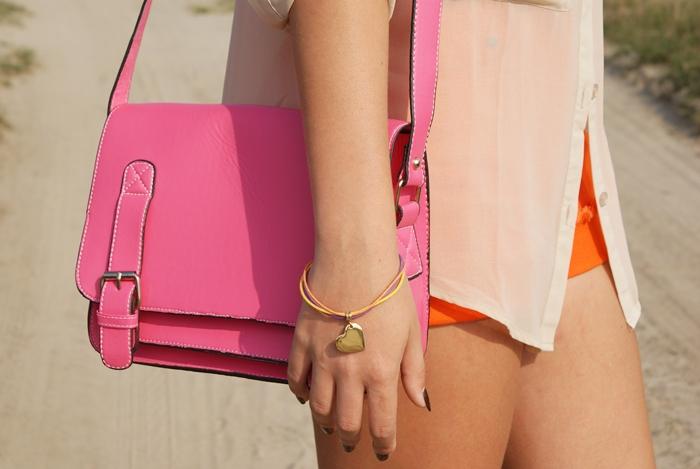 pastelowa stylizacja różowa listonoszka