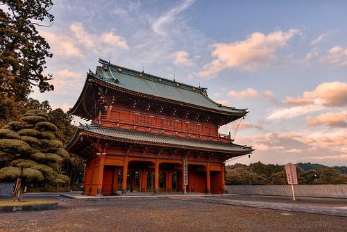 japan landscape temple gate buddhism fujisan shizuoka 富士山 mtfuji fujiyama fujinomiya 三門 taisekiji 静岡県 富士宮市 大石寺