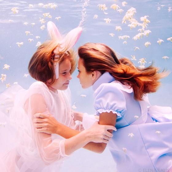 underwater_alice12-560x560