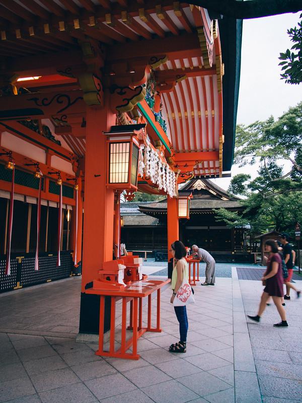 來到的時候大概黃昏5-6點左右,步行街已經關了, 京都單車旅遊攻略 - 日篇 京都單車旅遊攻略 – 日篇 10112382656 230fd8879b c