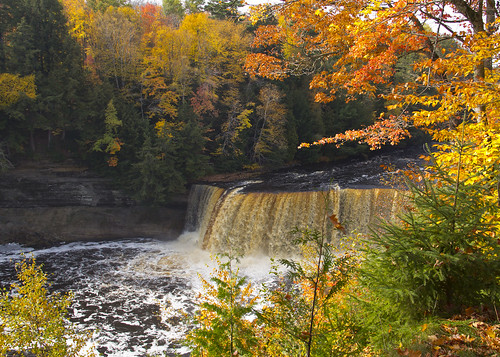 autumn landscape waterfall tahquamenon