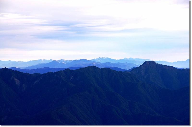 中央山脈群峰(馬西山北望,右下為丹大山) 1