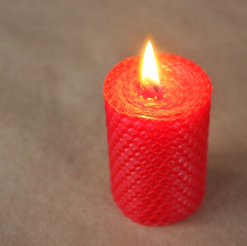 diy-rolled-beeswax-candles