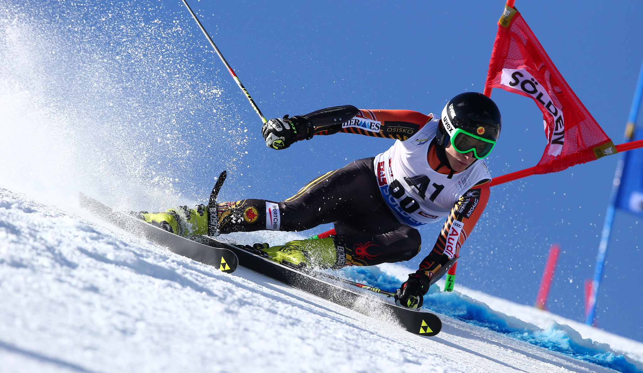 Erik Read navigates a gate in the first giant slalom event of the 2013-14 season in Solden, AUT.