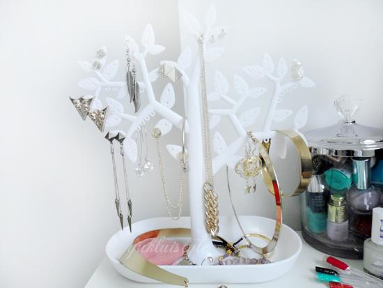muji acrylic makeup storage