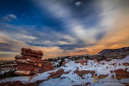 winter sunset snow mountains landscapes sandstone colorado skies unitedstates scenic gardenofthegods coloradosprings geology skyscapes gog landscapephotography fingolfinphoto philipesterle