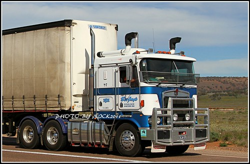 Bee Jays 7 - Kenworth