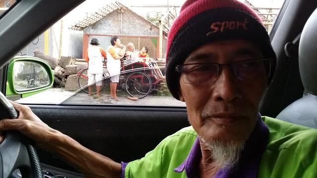 Chauffeur de Taxi - Yogyakarta - Indonésie - mars 2014
