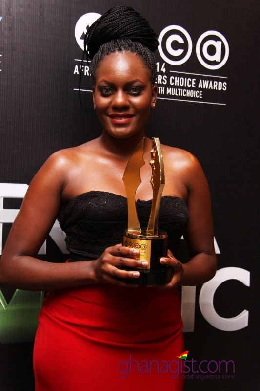 Elayne Okaya - Best Make-Up
