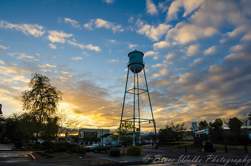 arizona sky clouds sunrise nikon tokina gilbertaz goldenlight watertowerpark