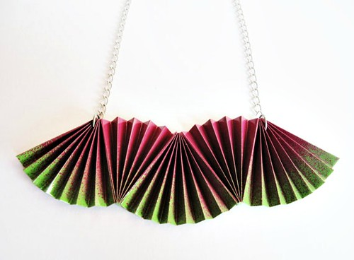 folded fans paper necklace in watermelon colors