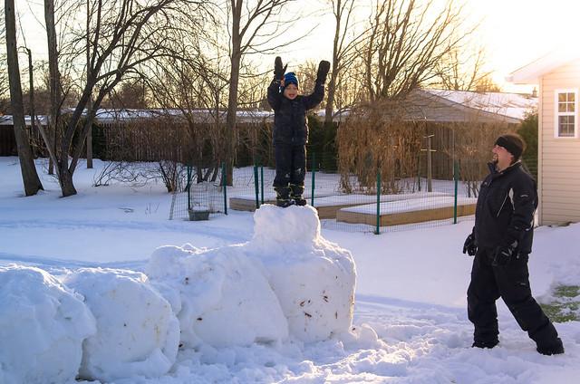 20150117-Snow-Play-6833