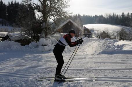 SNĚHOVÉ ZPRAVODAJSTVÍ: Vyjeďte do českých hor za sluníčkem