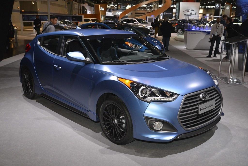 2016 Hyundai Veloster live photos: 2015 Chicago Auto Show