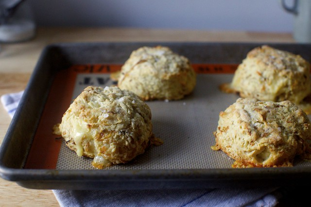 caramelized onion and gruyere biscuits