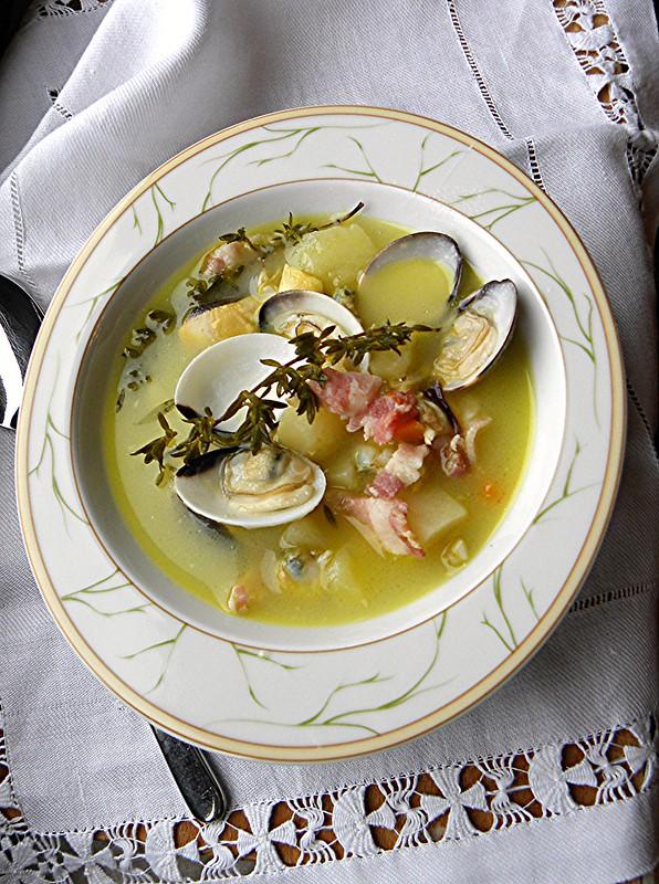 zuppa di vongole patate pancetta al timo (2)