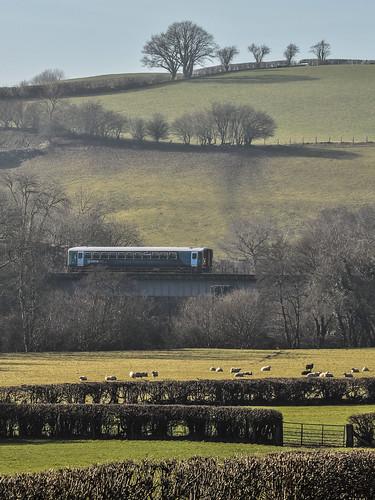 train railway builthwells riverwye atw class153 arrivatrainswales builthroad rhosferig