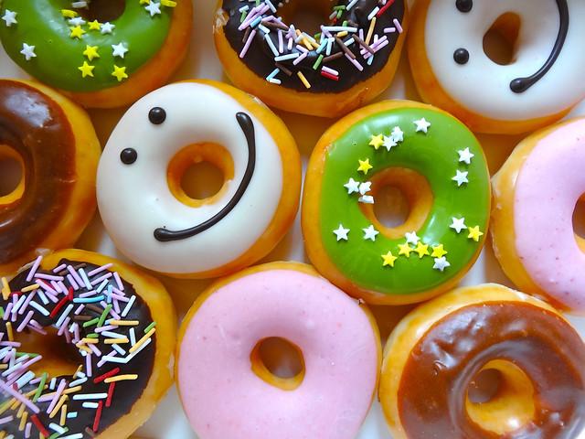 クリスピークリームドーナツ Krispy Kreme Doughnuts mini box 広島市西区草津新町2丁目 アルパーク
