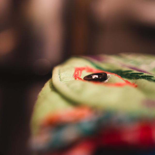 [331] Button Eye