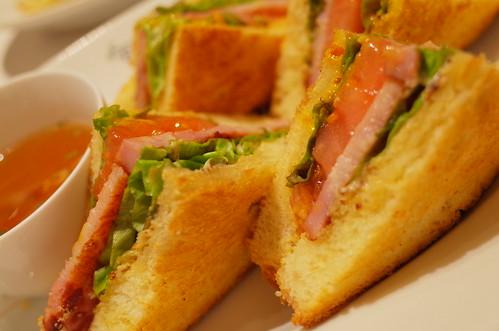 BLT sandwich 01