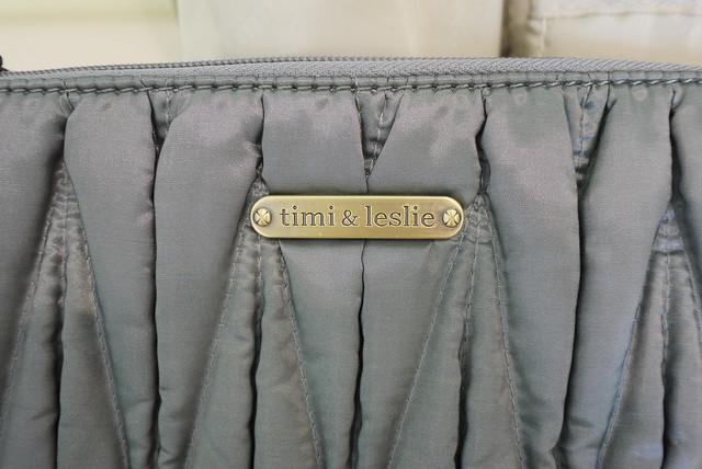 Image 3495873 By: ⊙Baby⊙美國Timi & Leslie時尚媽咪包。Marie Antoinette系列。媽咪包成了時尚配件