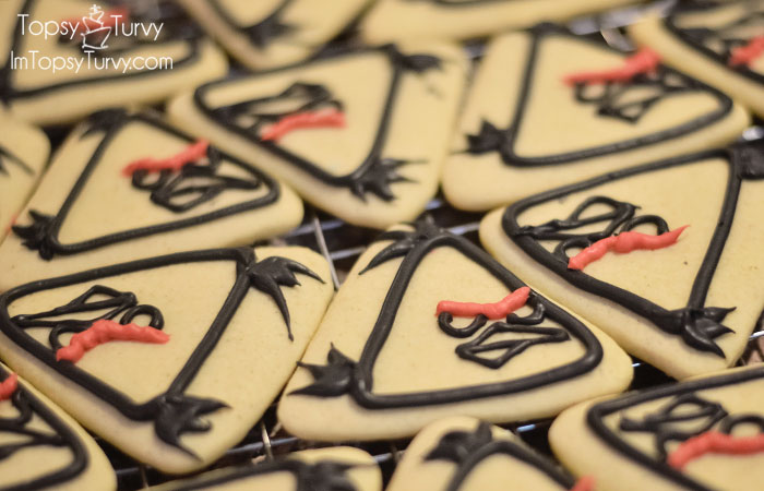 chucks-angry-birds-sugar-cookies-pipping