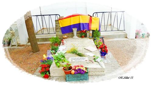 Tumba de Antonio Machado en Collioure (Francia) by Miguel Allué Aguilar