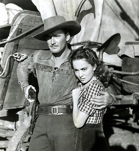 Dodge-City-movie-Errol-Flynn-Olivia-DeHavilland