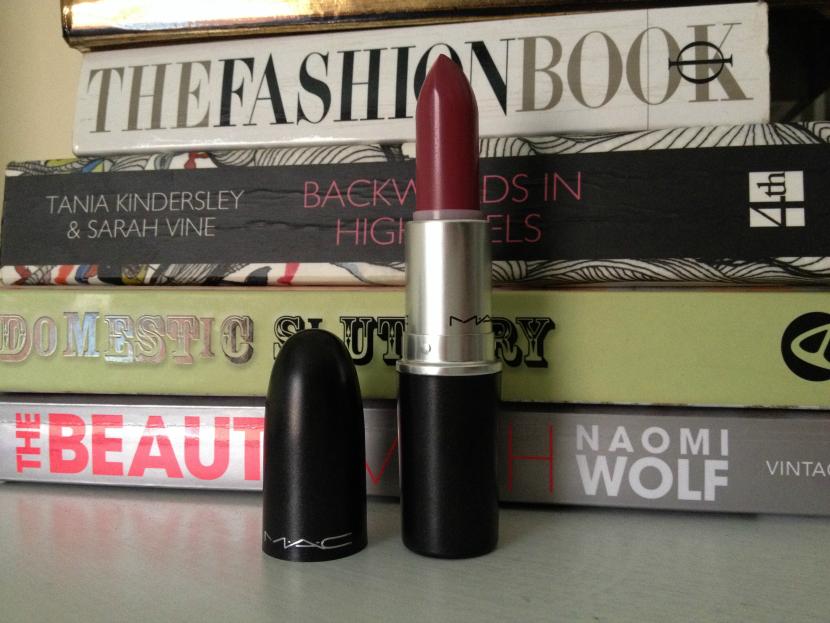 MAC_Lustre_Lipstick_Plumful_2
