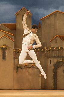 Carlos Acosta in Don Quixote © ROH/Johan Persson, 2013