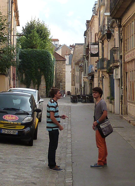 les deux garçons à Dijon