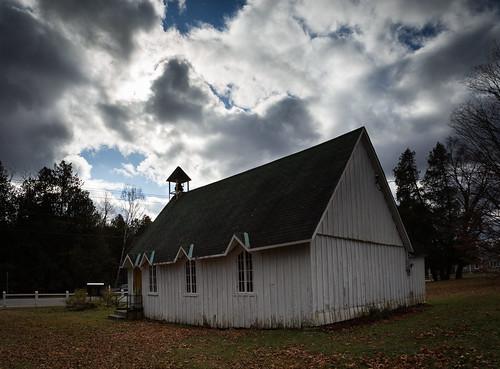 church clouds day cloudy nuages église anglican ruralquebec québecrural photomakak