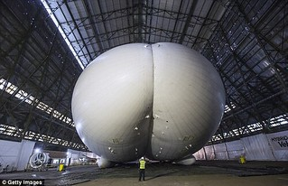 The Airlander has a big butt!