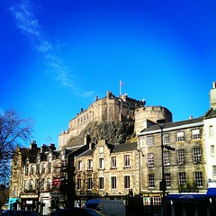 http://www.lettingweb.com/flats-to-rent/edinburgh