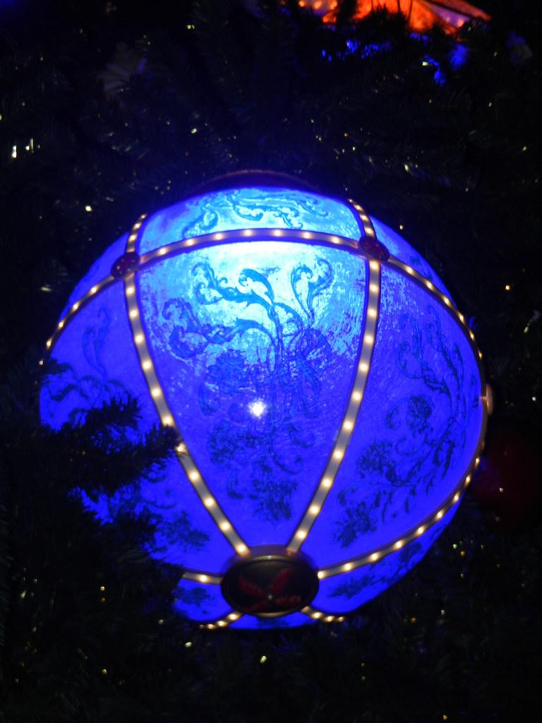 Un séjour pour la Noël à Disneyland et au Royaume d'Arendelle.... - Page 5 13717578665_e4c93b2e75_b