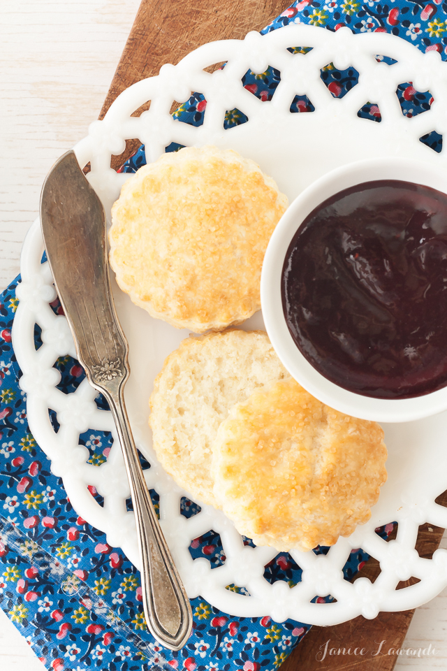Plate-of-biscuits