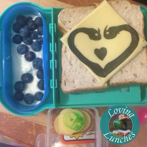 Loving another #httyd inspired lunch for tomorrow… in our @smashenterprises #nudefoodmovers - #zippleback #barfandbelch #noricutting #HowToTrainYourDragon