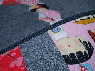 SEW KATIE DID:Somewhat Circular Quilt:Doll Binding
