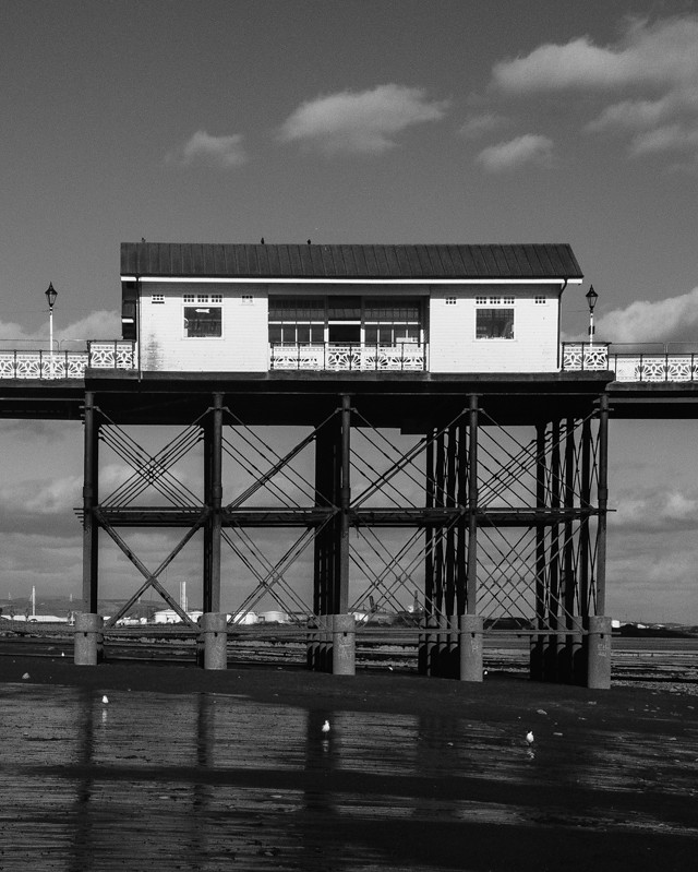 building on penarth pier