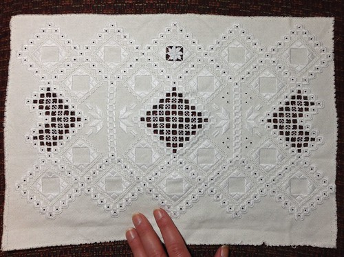 Progress on the hardanger doily.