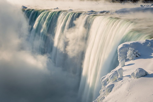 travel blue winter light wallpaper white mist snow ontario canada blur detail green texture ice nature fog sunrise dawn niagarafalls frozen waterfall day niagara clear february minimalism artisitic nicelight 3exp canon6d