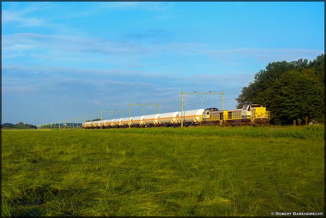 B Logistics 7781 & 7772, 's Heer Arendskerke (NL)