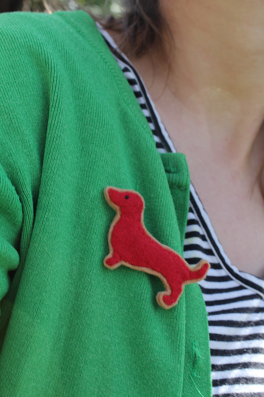 dachshund brooch