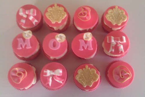 Mother's Day Vintage Cupcakes