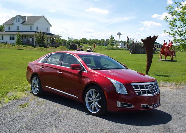 2013 Cadillac XTS AWD Premium