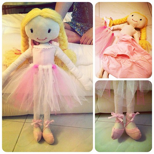 the ballerina outfit for puchi aina is done! #xmascraft