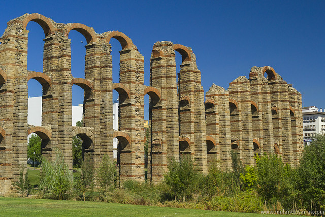 Acueducto Romano de Los Milagros
