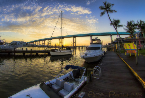 bridge gulfofmexico sunrise florida palmtrees fortmyersbeach mantanzaspass